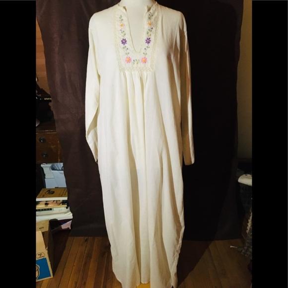 4873234bfa Lord   Taylor Intimates   Sleepwear
